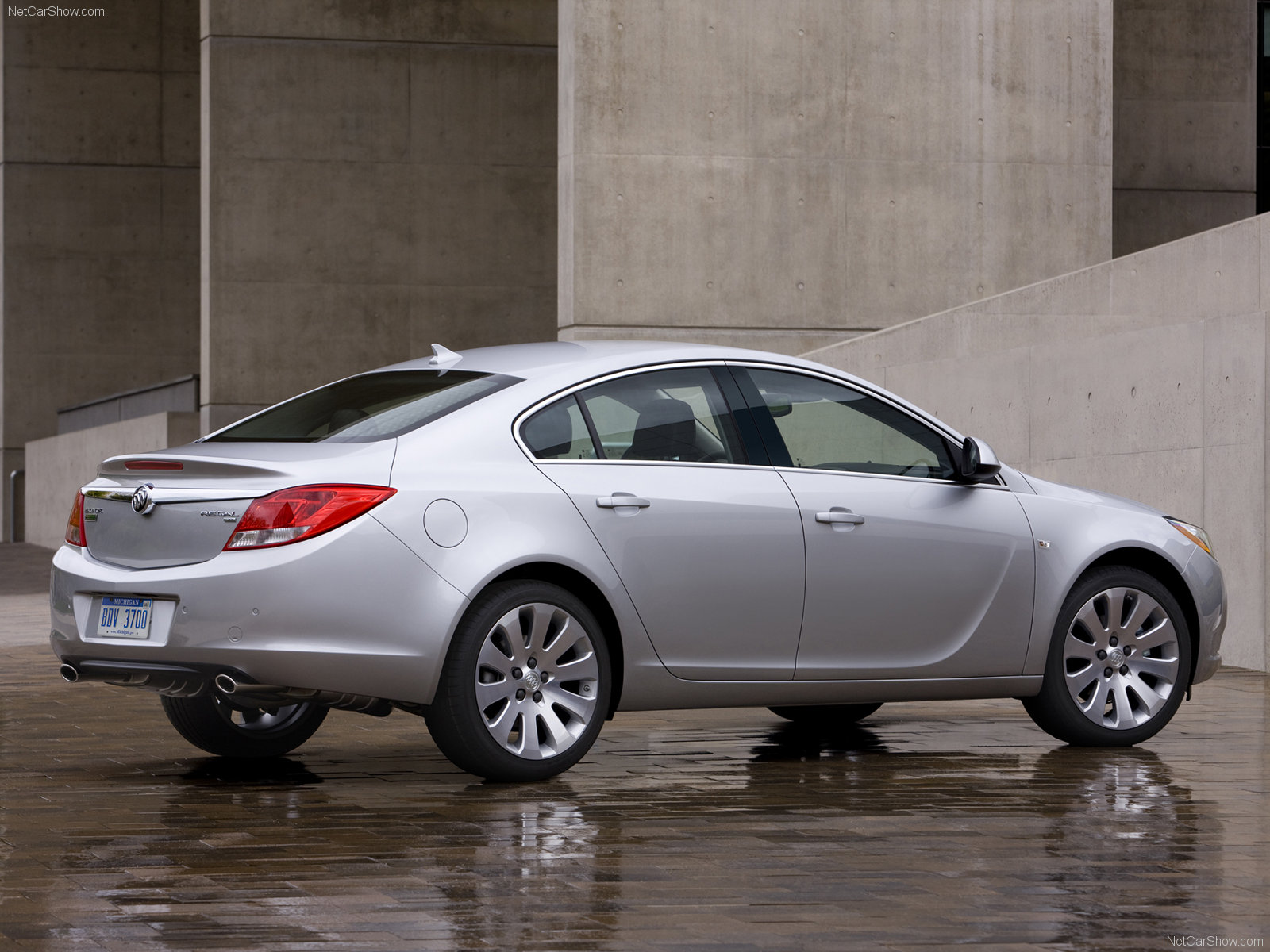 Buick Regal Sedan 2012