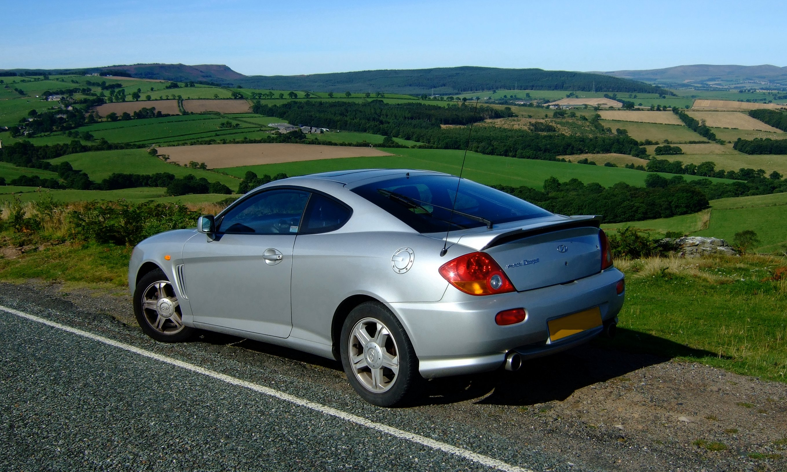 My perfect Hyundai Tiburon. 3DTuning - probably the best car ...