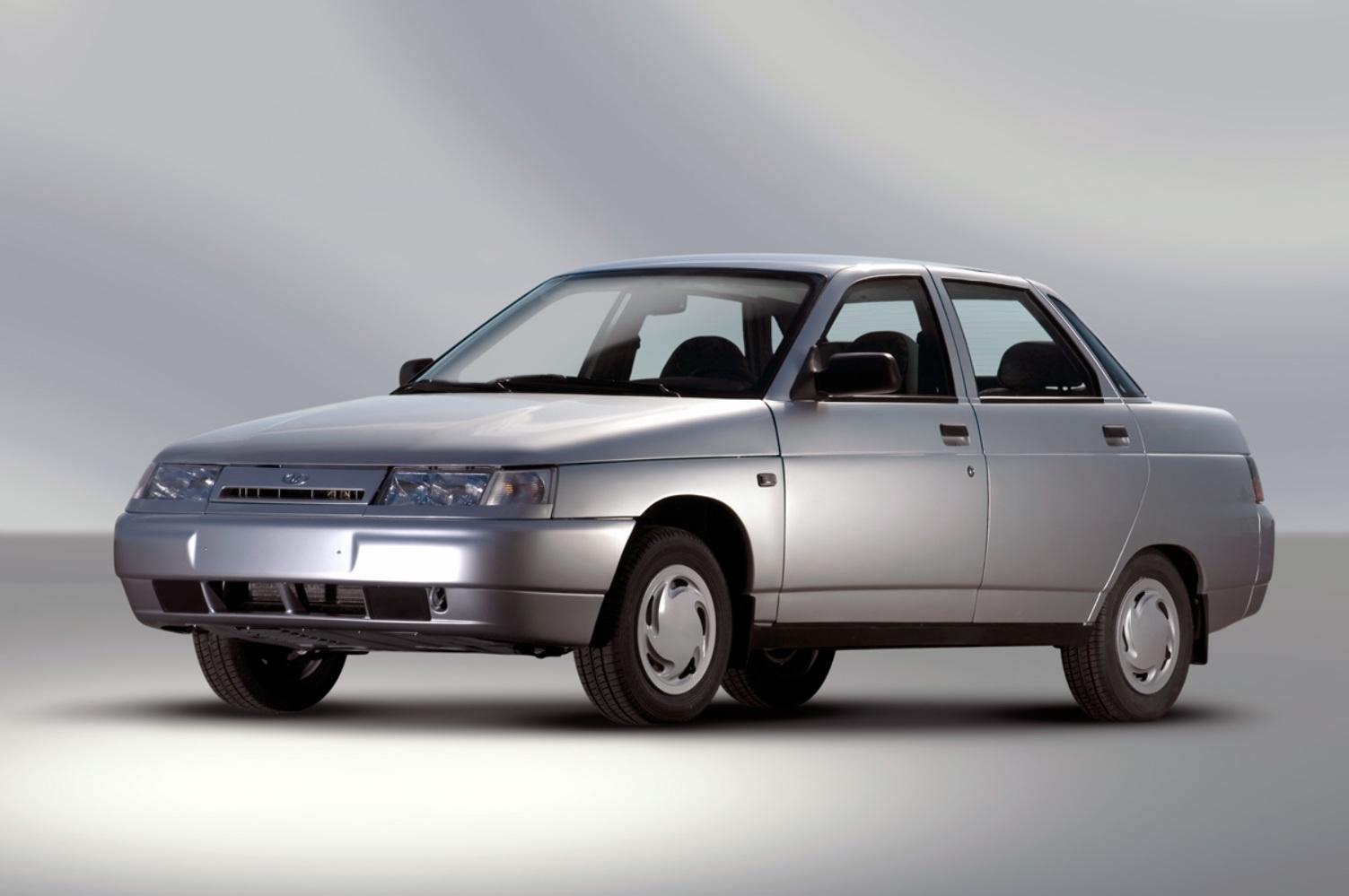 ... Lada 2110 Sedan 2000 ...