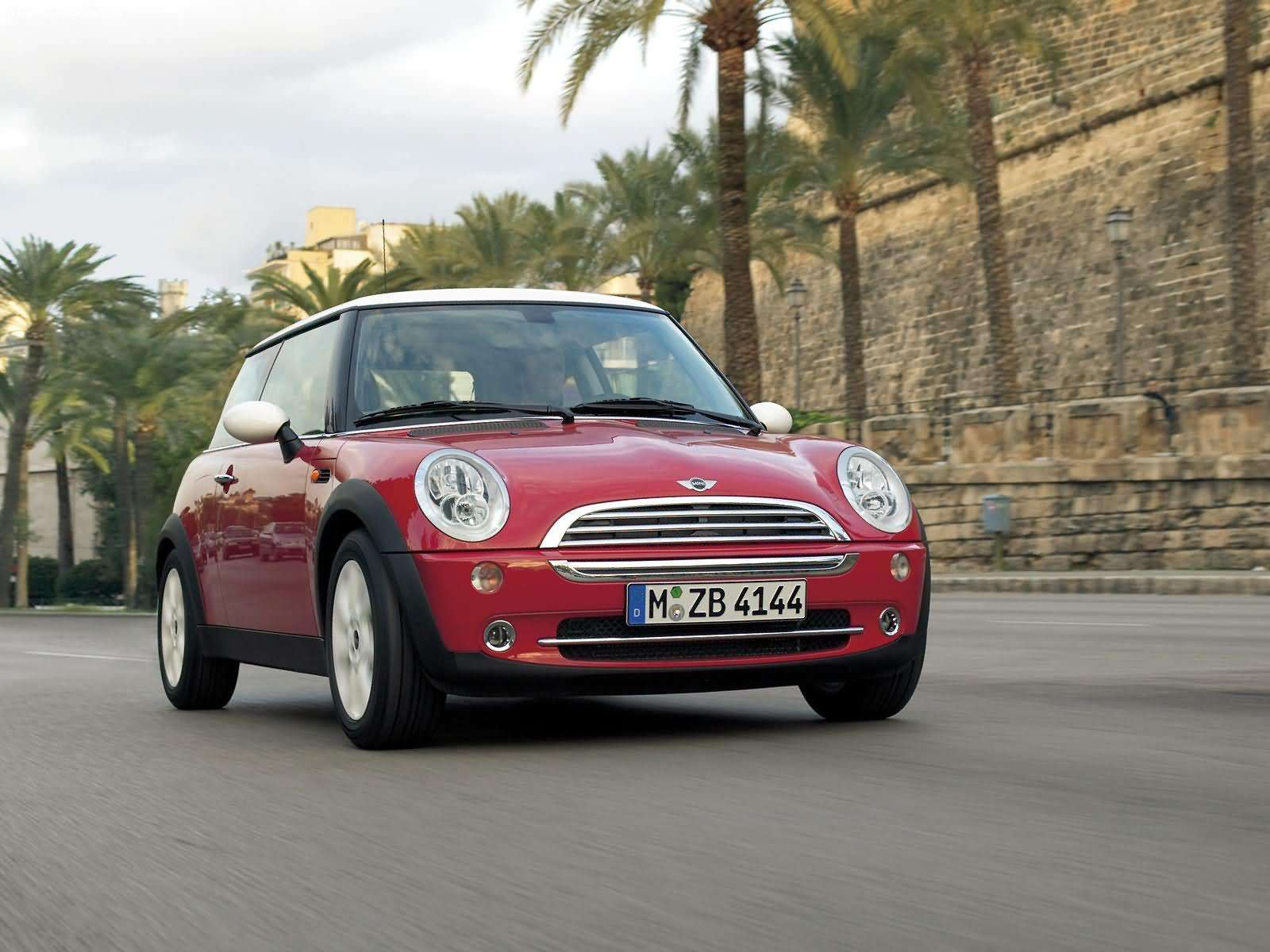 Mini Cooper 3 Door Hatchback 2006