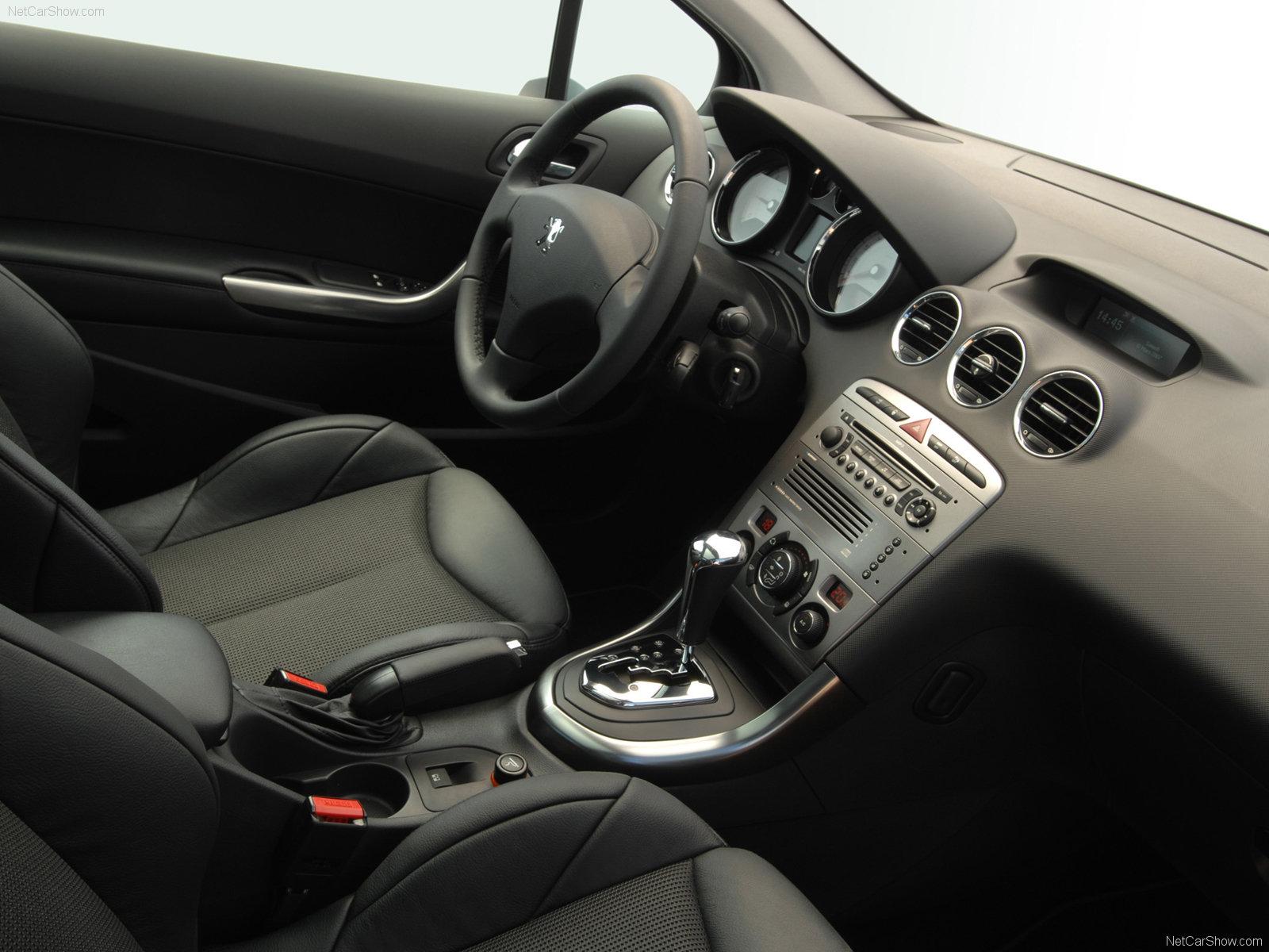 3dtuning of peugeot 308 5 door hatchback 2012 for Interieur 308 allure