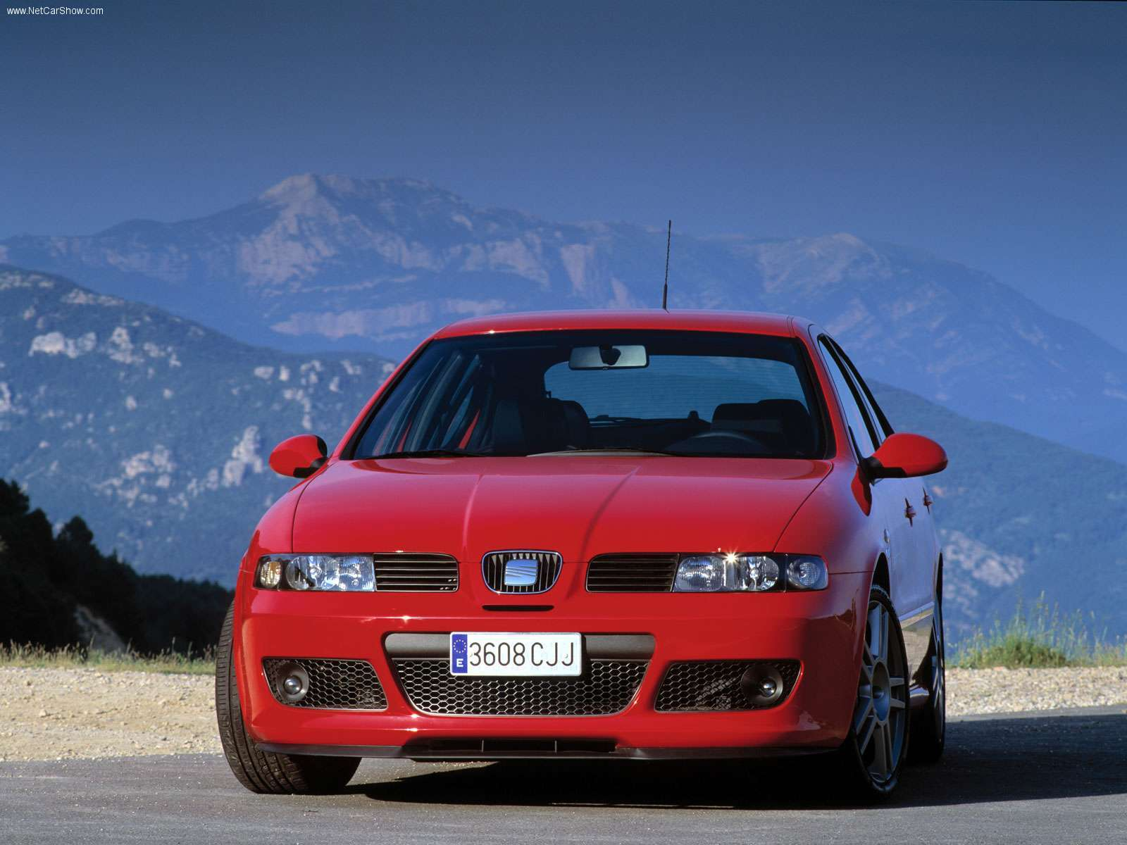 my perfect seat leon cupra r 3dtuning probably the best. Black Bedroom Furniture Sets. Home Design Ideas