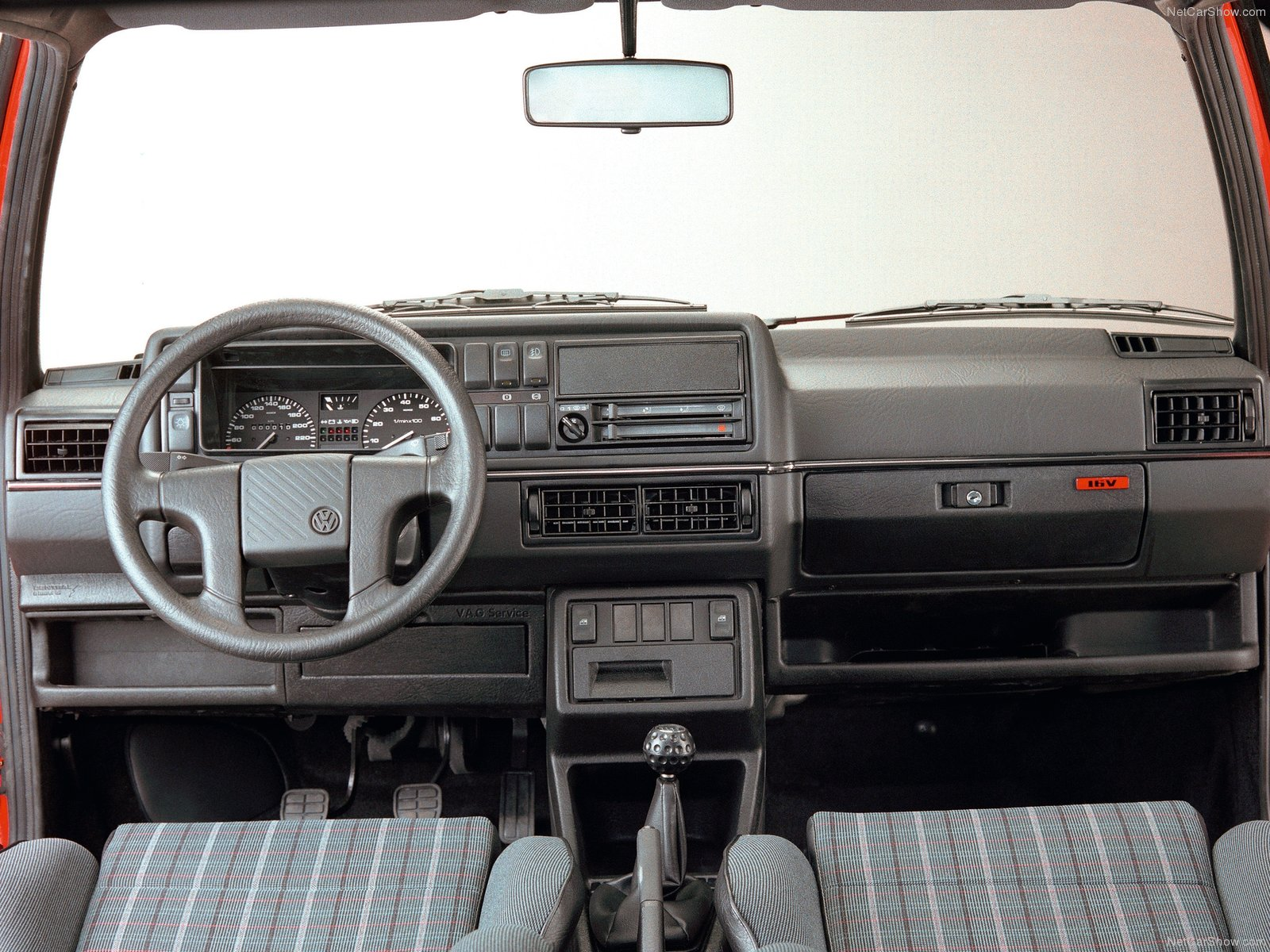 3 door hatchback together with Viewtopic together with Ibiza moreover The Old School Review The Mk2 Volkswagen Golf Gti 8v also Vw Golf Ii Gti 8v 195 Km H. on mk2 16v gti