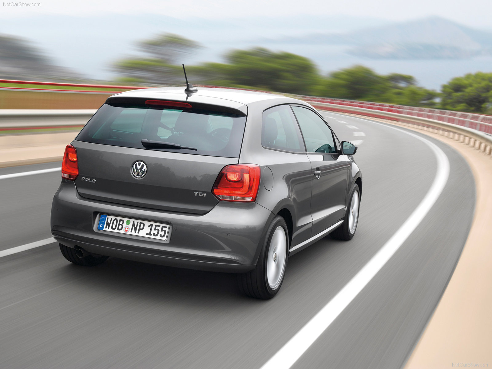 Volkswagen Polo 3 Door Hatchback 2010